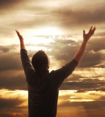 Tu y yo nacimos para adorar soy mas que vencedor en cristo jesus